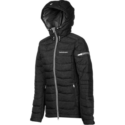 Ski The Peak Performance Women's Blackburn Down Jacket won't let you feel like a bulky mess, thanks to its careful quilting and low-profile construction. Equipped with cozy down insulation, the Blackburn keeps you super-comfortable on single-digit days about town or on the slopes. Peak Performance also packed this jacket with plenty of pockets to handle all your ski necessities, and even tucked a goggle wipe into one of them. - $314.97