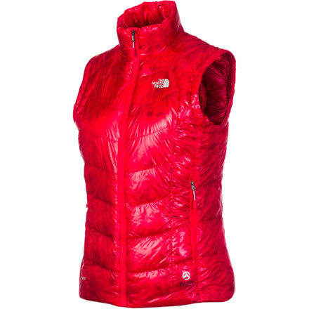 Every step you take up the mountain comes with a slight drop in temperature, so The North Face Women's Super Diez Down Vest stands ready to insulate your core against freezing high-altitude temperatures. Pop this compressible midlayer out of your pack (or your pocket), and stay warm. - $174.27