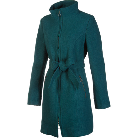 Carve Designs gave the Jackson Long Jacket a timeless look and classic construction that will look as good in ten years as it does today. The above-the-knee cut makes the Jackson look good with just about any outfit. - $108.87