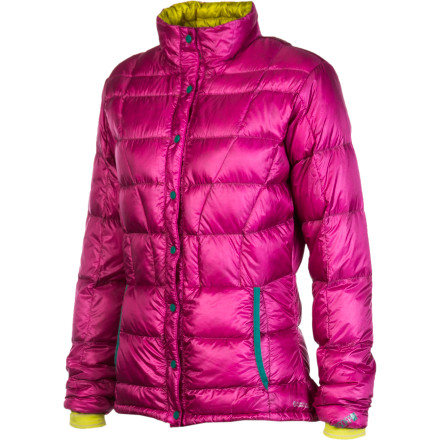 Ski Ultimate, heavenly warmth is the way of the world for the Stoic Women's Hadron Down FS Cardigan. This insulator jacket is lightweight and packable enough for backpacking or ski touring, and when cold weather rolls in, its down insulation has no equal. Stoic shaped this jacket specifically for the ladies, giving it a little more room in the chest and a tapered fit that's movement-friendly and focused on maximum comfort. - $159.00