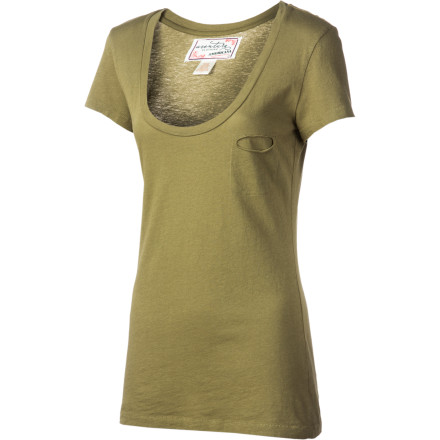 Entertainment The Aventura Women's Zola Short-Sleeve Shirt makes getting ready in the morning wickedly easy. This tee pairs well with anything from jeans to your favorite flowy skirt. - $17.57