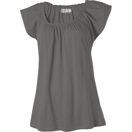 Golf Slip on the Carve Designs Women's Sanibel Short-Sleeve Top and get ready to challenge your partner to a serious game of mini-golf. This relaxed-fit top gives you plenty of room to putt the ball, while its soft cotton and Modal blend fabric feels comfortable against your skin. Its scoop neck with elastic gathering and cap sleeves also provide a laid-back look that's ready relax. - $47.95