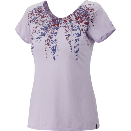 The Mountain Hardwear Women's Numasa Shirt gives you the feel of a lived-in T-shirt and the look of a fashion top. - $19.98