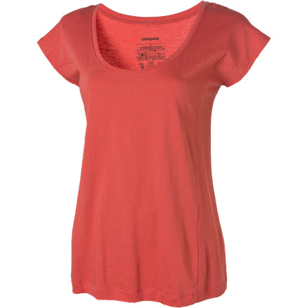 The Patagonia Women's Rania Short-Sleeve Top gives you the benefits of a classic top and adds an exceptional drape and environmentally friendly fabric. You can layer this piece under a jacket, team it up with a skirt, or rock it with some shorts. - $24.50