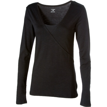Because you have such an acute sense of style youll naturally be drawn to the Horny Toad Womens Oblique-V Shirt. Horny Toad crafted it out of eco-friendly Tencel material, which is a deliciously soft blend of organic cotton, and stretchy spandex. - $61.95