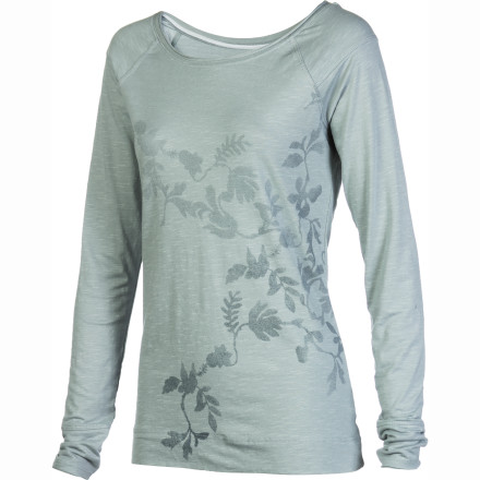 Toss on the Horny Toad Women's Rollick Print Long-Sleeve Crew when your day involves checking off the much-needed chores and errands you've been putting off for weeks. - $35.72