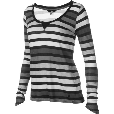 Surf Throw on your Hurley Women's Kingston Long Sleeve Shirt with a short skirt or shorts and get in the limo. It doesn't matter where it's going. Rule number one is to always go wherever the limo goes, and this shirt has a casual, fun feel that will fit in just about anywhere you go. - $20.97