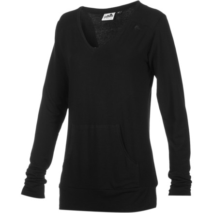 Fitness The Kavu Women's Dahlia Long-Sleeve Shirt gives you the feel of a performance shirt and the look of a high-fashion top. Wear this whenever you want to feel like you just finished yoga but you want to look like you just walked off a runway. - $38.47