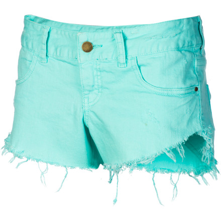 Surf Strutting your stuff on the sizzling sidewalks of summer will come easy with the Billabong Women's Laneway Denim Short. This edgy hipster will find its way into constant rotation through your closet as it easily pairs with a variety of tops, front tanks to button-downs. - $49.45