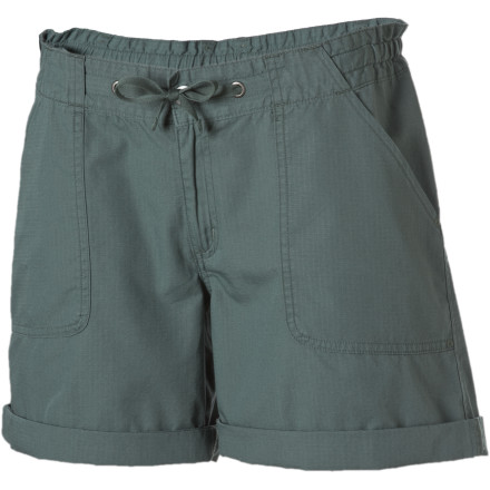 Climbing Frantically, you pull up the Patagonia Women's Lanyard Short and finish getting ready. This organic cotton ripstop short with roll-up cuffs keeps you super-comfortable as you rush to the trailhead to meet your friends. The Lanyard's adjustable waist gives you a just-right fit while front pockets stash your keys. - $29.50