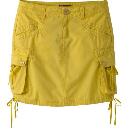 The prAna Ellia Cargo Skirt hits you with the sweet trifecta of style, comfort, and earth high-fivin'. - $33.98