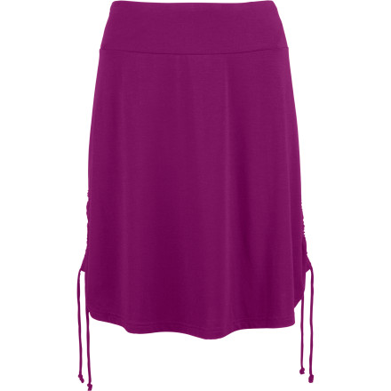 Slip into The North Face Women's Rose Skirt when you're looking for something comfy to wear while you wait tables, chill with friends, or travel. - $35.72