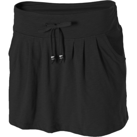 Entertainment Pull on the Lole Women's Cayman Skirt before you take a leisurely stroll along the boardwalk. Two hand pockets stash your cell or small wallet, an adjustable drawstring gives you a just-right fit, and its mid-thigh length helps keep you cool under the blazing sun. - $19.98