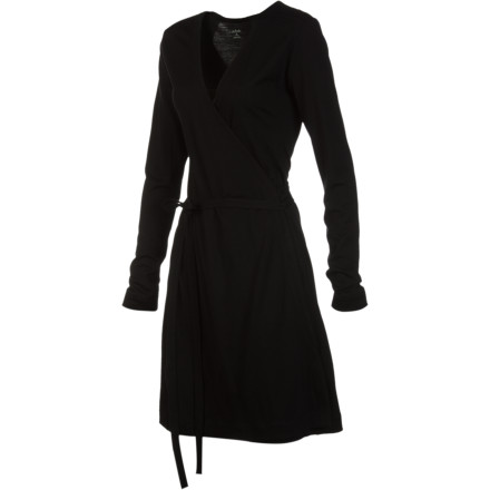 Entertainment Whether you find yourself kicking back in first class thanks to a lucky upgrade or hanging with the family, wear the Icebreaker Women's Roma Long-Sleeve Dress. This little black dress flatters your curves and keeps you super-comfortable thanks to its soft merino wool fabric. - $84.47