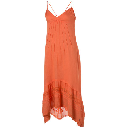 Entertainment The O'Neill Jasmine Dress gives you an easy, summery look that will make you want to stroll on moonlit beaches and pick tropical flowers to stick in your hair. You can practically feel the warm sand between your toes from the second you slip into this gauze dress. - $33.57
