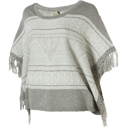 Surf As the desert cools in late summer, the Billabong Women's Hermosa Poncho provides warmth and style for your late night excursions into the heart of the city. This soft, loose poncho easily slips on over your head and matches just about anything you have in your closet. - $38.64