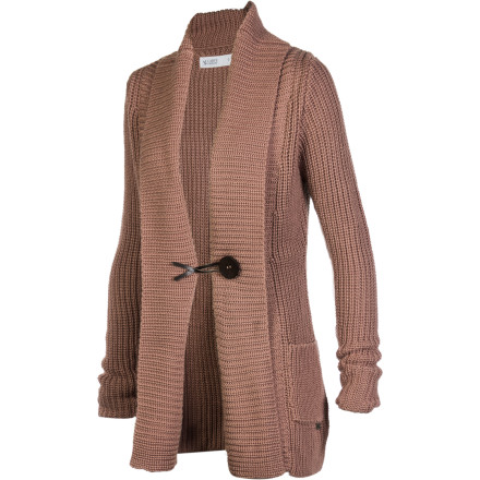 Slip into the Carve Designs Women's Fields Sweater and instantly transform a boring outfit into a classic look that is fashionable and casual. Even if you just wear this chunky knit over a plain-old T-shirt or button-down, you'll be ready for country club lunches and dressed-up dinners. - $64.87