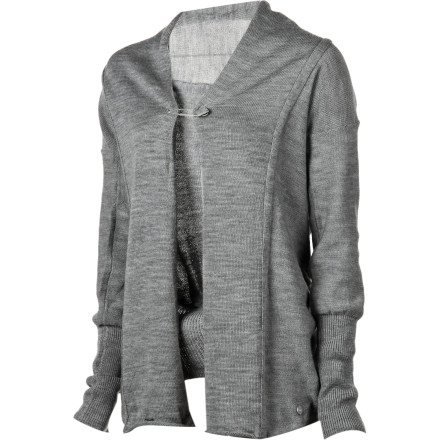 Surf Whisper-weight and elegant, the fine-gauge merino wool EMU Women's Ocean Reef Cardigan complements almost any outfit with added cozy coverage. Its drapey fit easily goes over a T-shirt and jeans for casual, carefree days or a camisole and skirt for work. Wear it open or closed with a stylish metal EMU pin and reap the benefits of soft, breathable, odor-resistant merino wool. - $96.82