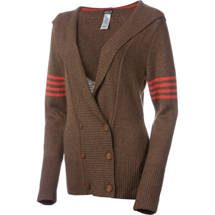 Don the Patagonia Women's Pescadera Hooded Sweater for a casual afternoon downtown with friends, unhindered by the cool fall breeze. Pull up the rib-knit hood after the sun disappears for extra warmth, and don't be surprised if you don't want to take off the Pescadera come bedtime. - $81.95