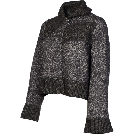 The prAna Women's Danika Cape gives you an elegant, sophisticated look that is great for wine-tasting tours of Sonoma or window shopping in Vail. - $65.42