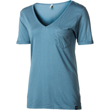Wear the Arbor Women's Hope V-Neck Short-Sleeve T-Shirt next time you feel like dominating at beer pong. Not that This comfortable, eco-friendly V-neck will help your technique, but you'll definitely look authoritative while you're kicking ass. - $33.95
