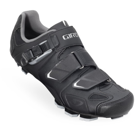 MTB Push your pedals with the high-performance Giro Gauge Shoe. Featuring a carbon sole for maximum efficiency, and a breathable, ergonomic upper designed to hug your foot, you'll cover miles quickly and comfortably.Carbon composite sole offers rigidity for a direct connection to the pedal, optimal power transfer, and wind-cheating aerodynamics Molded EVA footbeds with medium arch support mitigate fatigue and enhance comfort Supple synthetic leather uppers are breathable to keep your feet from overheating Aegis anti-microbial treatment prevents foul odors - $157.47
