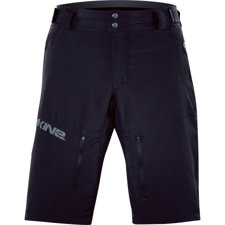 MTB The DAKINE Syncline Short features a lightweight yet burly fabric and an ergonomic fit to help you take on the most epic all-mountain rides.Gusseted crotch panel prevents seam blowouts Zippered front pockets keep the essentials secure Rib-knit back stretch panel for effortless movement All-mountain fit offers plenty of coverage without snagging on your knees while you pedal - $49.98