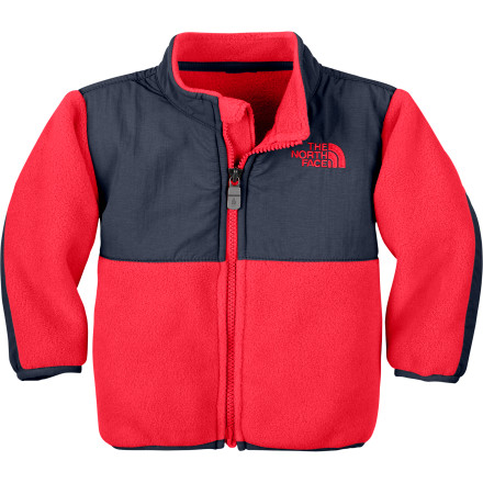 The North Face Infant Boys' Denali Fleece Jacket keeps your little tiger cozy during fall and spring trips to the park, and this fleece layers easily under a winter shell. And thanks to its recycled polyester fabric, the Denali gives your conscience a warm, fuzzy feeling too. - $41.37