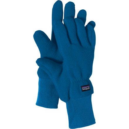 Like a little fleece jacket for each cold finger, the Patagonia Kids' Synchilla Glove locks in the warmth at the frosty bus stop or during cold tetherball matches. - $16.25