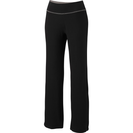 Climbing Slip into your Mountain Hardwear Womens High Step Pant when you want serious comfort and prime functionality. These soft cotton bottoms will help you relax so you can sink into challenging poses, and if that hot yogi asks you to go bouldering after class, all you'll need is chalk. - $42.22