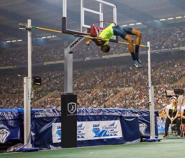 amazing high jump with a 10 ft basketball hoop for