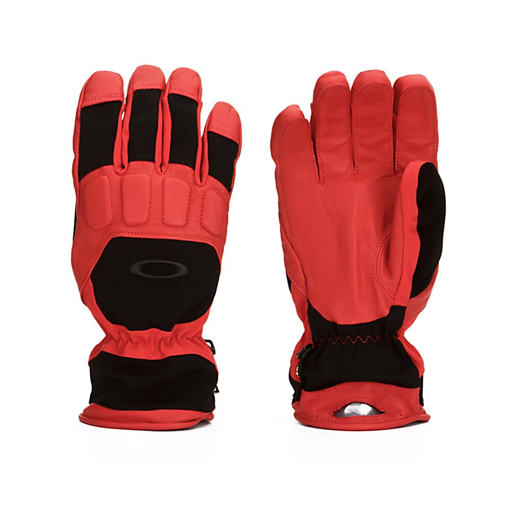 Ski Oakley All Time Gloves - Keep your hands warm and dry this winter with the Oakley All Time Gloves. The Gore-Tex membrane with waterproof genuine leather palm will ensure your hands stay nice and dry when you are sporting the All Time gloves. A stretch softshell chassis gives you comfort and breathability and the padded knuckles give you protection from gates or anything else you may come across. The hook and loop wrist closure on the Oakley All Time gloves ensure you get a secure and comfortable fit. Features: Hook and loop wrist closure. Model Year: 2013, Product ID: 291820, Model Number: 94185-465 M, GTIN: 0885614733618, Touch Screen Capable: No, Down Filled: No, Cuff Style: Under the cuff, Pipe Glove: No, Breathable: Yes, Waterproof: Yes, Outer Material: Softshell, Wristguards: No, Use: Ski/Snowboard, Type: Glove, Race: No, Battery Heated: No, Warranty: One Year, Material: GORE-TEX, Removable Liner: No - $79.93