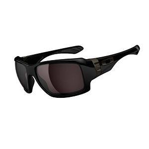 Snowboard Oakley Big Taco Sunglasses - If you like rock n roll and good food then the Oakley Big Taco are something you may defiantly want to sink your teeth into. The metal bands are inspired by early microphones and stand above all the other stale styles. The Big Taco is designed to stay comfortable using lightweight O Matter material and Three-Point Fit that holds the lens in a precise optical alignment. Enjoy supreme vision with extra coverage and wide-open vision of lenses carved with HDO optics. Optimized peripheral vision and side protection of 8.75 base lens curvature. UV protection of Plutonite lens material that filters out 100% of UVA / UVB / UVC & harmful blue light up to 400 nm. The Big Taco is a bold new taste for a fresh face. . Best Use: Streetwear, Lens Material: Plutonite, Frame Material: O Matter, Polarized: No, Additional Lenses: No, Gender: Adult, Face Size: Large, Warranty: 1 Year, Lens Type: Non-Mirrored, Model Year: 2014, Product ID: 300846, Frame Shape: Rectangle, Model Number: OO9173-01, GTIN: 0700285623481 - $120.00