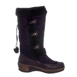 Snowboard Regina 610 Calfskin Womens Boots - Regina Imports 610 Calfskin Womens Boots: This stylish mid-calf winter boot adds a bit of elegance along with practicality. Made from calfskin while bordered with shearling embellishments and leather upper it is as warm as it is chic. You can trend confidently with the addition of the durable rubber sole in this truly stunning boot from Regina Imports. . Warranty: One Year, Waterproof: No, Material: Leather, Type: Boot, Insulated: No, Sole Material: Durable Rubber, Model Year: 2009, Product ID: 192647 - $79.95