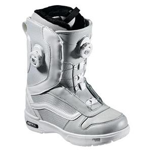 Snowboard Vans Aura Womens Snowboard Boots - For classic styling and lightweight comfort the Vans Aura Snowboard Boots will keep your feet feeling good as you shred the mountain all day. They feature a soft, forgiving flex with the quick and easy Double Boa Coiler Lacing System. This closure system gives you two points to tighten and also gives you ankle and cable guides along the edge to give you an evenly locked in fit that will have your feet feeling good and will not loosen as the day of shredding goes on. These boots also feature a Pleasure cuff that was designed to allow the cuff of the boot to adjust to your specific calf size to keep the boots comfortable and forgiving on your feet. Full instep articulation on the Vans Aura allows the upper and lower zones of the boots to flex independently to give you one fluid motion. A better fit and comfort is enhanced by the internal web harness and OTW lace lock that gives you a better fit and prevents the liner from moving inside the shell to give you a secure heel hold. Do your feet a favor by slipping on the Vans Aura Snowboard Boots for your fun day of shredding the mountain. Features: V3 Footbed, VansLite Outsole with ImpactSorb. Material: TriFit X Thermal Liner, Lacing Style: Boa, Recommended Use: All-Mountain, Removable Liner: Yes, Flex: Medium, Warranty: One Year, Intuition Liner: No, Brand Lacing Style: Vans Double Boa Closure System, Skill Range: Advanced Intermediate - Expert, Model Year: 2012, Product ID: 274052, Gender: Womens, Skill Level: Advanced Intermediate - $99.91