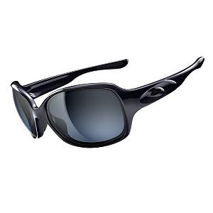 Snowboard Oakley Drizzle Womens Sunglasses - The rounded-square lens of the Oakley Drizzle Sunglasses offers a stylish twist to your lifestyle. When the sun is beating down upon you you'll have Plitonite Lens Material which filters out UVA/UVB/UVC and harmful blue light shielding your eyes from the sun. You'll have the best protection throughout your peripheral vision as well as side protection. The Drizzle's Three-Point-Fit will ensure you stay comfortable and have a precise optical alignment. Even perspiration during your activity won't be an issue with these sunglasses, you'll have Unobtanium noseads and earsocks keeping a nice, steady grip. Staying young and active never looked so good and the Oakley Drizzle Sunglasses can keep that sun from your eyes when you're out having fun. Features: Inclides Exclusive Women's Eyewear Case. Best Use: Fashion, Lens Material: Plutonite, Frame Material: O Matter, Polarized: No, Photochromatic: No, Interchangable Lens: No, Additional Lenses: No, Gender: Women, Face Size: Medium, Nose Pads: No, Warranty: 1 Year, Lens Type: Non-Mirrored, Product ID: 253620, Frame Shape: Butterfly / Square, Model Number: OO9159-03, GTIN: 0700285544397 - $130.00