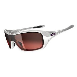 Snowboard Oakley Ideal Womens Sunglasses - Sporty and sophisticated, the Oakley Ideal Sunglasses are perfect for accentuate the feminine face. Its clean lines and smaller frame ensure that you'll stay stylish while the rest of the sunglasses protect you from the sun when you're outdoors and active. Unobtanium nosepads and earpads will keep the sunglasses situated perfectly on your face and the stress-resistant O Matter Frame is lightweight and durable so you don't have to worry about playing too hard. You'll have precise optical alignment, comfort and performance with its Three-Point Fit. Of course, protecting your eyes from the harmful rays and blue light, the Oakley Ideal Sunglasses have a Plutonite Lens Material for filtering. . Best Use: Streetwear, Lens Material: Plutonite, Frame Material: O Matter, Polarized: No, Photochromatic: No, Interchangable Lens: No, Additional Lenses: No, Gender: Women, Face Size: Medium, Nose Pads: Yes, Warranty: 1 Year, Lens Type: Non-Mirrored, Product ID: 253973, Frame Shape: Rectangle / Shield / Wrap, Model Number: OO9151-02, GTIN: 0700285547343 - $130.00