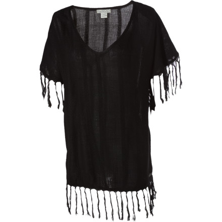 Surf Agua fresca or an exotic Costa Rican destination Tamarindo means both, and we're sure that you would take either. For now, just slip on the Billabong Women's Tamarindo Sweater and enjoy the warmth and long, slinky styling. Fringe detailing lends this beach cover-up some additional flair, and flair is always important when you're traveling amongst beach-culture aficionados. - $29.67