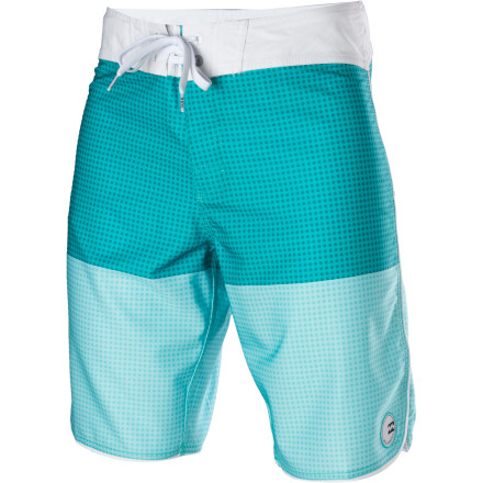 Surf The Billabong Striker Gingham Board Short is plenty of tech underneath it's simple, stylish color-blocked exterior. Platinum Quad X four-way stretch fabric lets you move freely whether you're paddling out for an early-morning surf or participating in a beverage-laden belly-flop contest off your buddy's roof. - $32.97