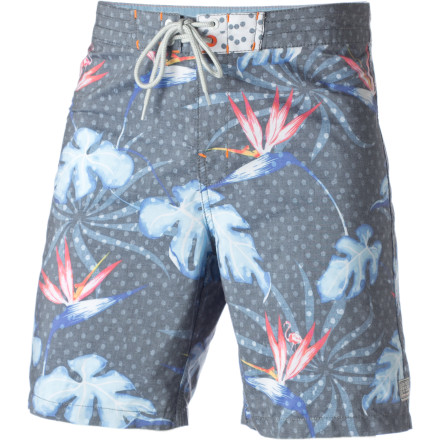 Surf The Billabong Crocket Board Short is well-versed in comfort, style, and ancient Greek architecture. It's an interesting combo, we know. - $26.75