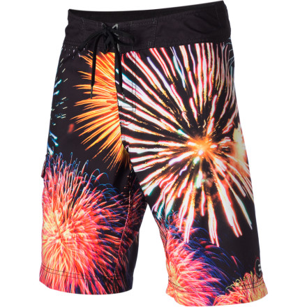 Surf From surfing, to wake-skating, to just lurking poolside, the Billabong Big Bang Board Short is like wearing a spontaneous combustion of performance and comfort. - $39.56