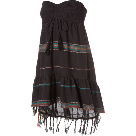 Entertainment Wear the Billabong Stompless Beat Dress when you want to create a sexy Indian-princess vibe that is earthy and seductive. This dress will show off your body from legs to shoulders. Just throw on some sexy shoes and you're good to go. - $32.37