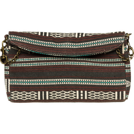 Surf The Billabong Women's Too Darn Cute Clutch really is too darn cute. Unfortunately, your blitzed friend thinks it's hers and now you have to calmly get her to chill out enough so you can persuade her that it's time to give the clutch back and go home. - $27.57