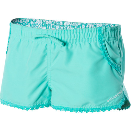 Surf The Billabong Girls' Shilo Board Short gives you a fresh, cheerful appearance when you meet your friends at the beach or boardwalk. - $19.73