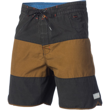 Surf Comfort The Billabong Tyler Boardshort has it by the boatload. This above-the-knee boardshort is made with 47% recycled polyester, so you can feel good about saving the known universe while you rip frontside turns. - $35.67