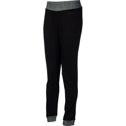 Surf There's a good chance Jamie Anderson could whip around those stylish 720s without the Billabong Women's Winter Bottom, but we're willing to bet the added warmth and comfort helps just a little bit. - $27.47