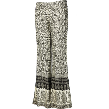 Surf Nothing conveys comfort, cool, and ease like a wide-leg pant, and the Billabong Women's Desert Light Pant exudes that plus a free and feminine style in its paisley print and hem border. Pull 'em on, and feel the freedom. - $23.67