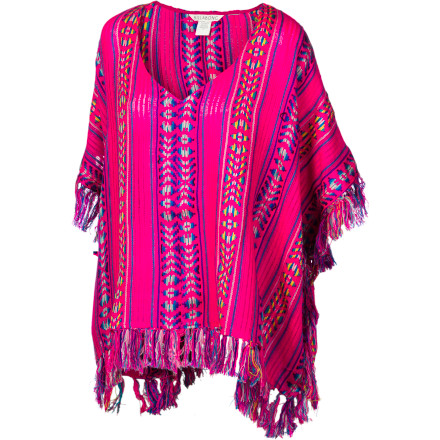 Surf It's a lazy day and you don't feel like trying to impress anyone today. Slip on the Billabong Still Dreamin' Women's Poncho and keep it comfy and casual. Just don't be surprised when you're still turning heads all over town, even when you're not trying. - $41.62