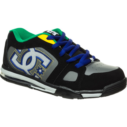 Skateboard The DC Boys' Frenzy SE Skate Shoes dish out huge skate style and enough ride-ready tech to help you hone your skills. Throw on these shoes, grab your board, and go. - $42.00