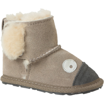 She's been hanging onto you for a year, but now it's time that she explores this crazy world on her own two feet. EMU's Little Girls' Koala Walker Boot is a dramatically scaled down version of the boots adults the world over have come to adore, but it's crafted with the same care and quality. Plush wool lining offers warmth and soft comfort whether she sports socks or not, and the hook-and-loop closure keeps the short upper snug around her ankle. - $22.03